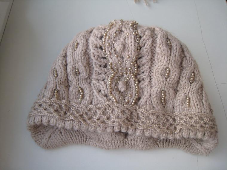 шапка с вышивкой