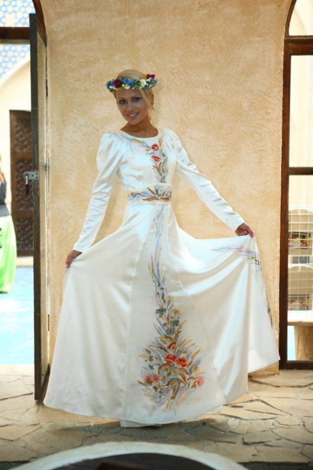этно стиль, дизайнерская одежда, девушка поля
