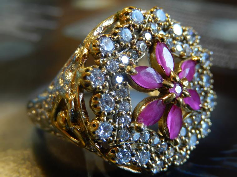 акцион, аукцион сегодня, новогодний подарок, восточный стиль, кольцо из серебра, подарок девушке, подарок, серебро, топаз, красивый подарок