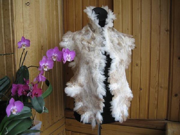 Валяный легкий шарф на шелковой основе с опушкой из флиса., фото № 3