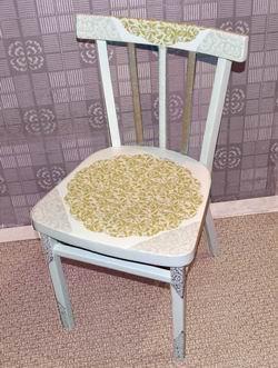 Декор старые стулья
