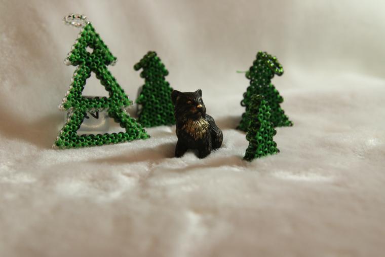 снежинки, игрушки из бисера