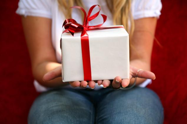 акция, подарок, сюрприз, скидка, бесплатная доставка, доставка, открытка, открытки, почтовая открытка, почтовая карточка, почта, марка
