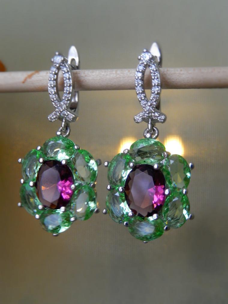 аукцион, аукцион с нуля, аукцион на украшения, серьги, серьги со скидкой, серебряные украшения, камни, подарок на новый год, подарок женщине, красивый подарок