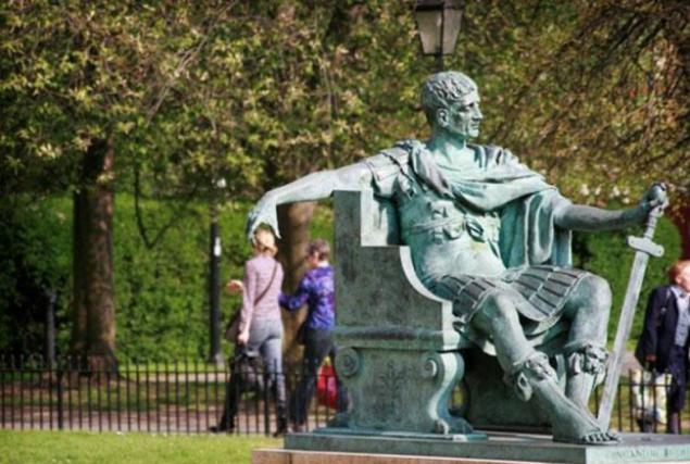 Как Правильно фотографироваться с памятниками, фото № 24