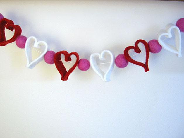 валентинки, сердечко, сердечки, вязаные сердечки, вязание крючком, для домашнего уюта, для дома интерьера, подарок любимому, игольница, валентинка в подарок, подарки, сувениры, в день Святого Валентина, для уюта, уютные вещи,