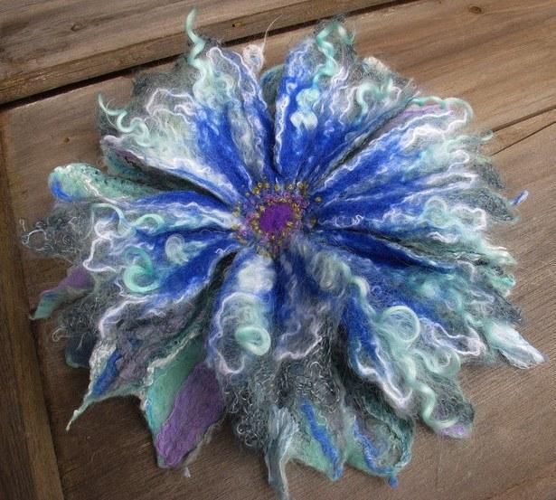 цветок для одежды