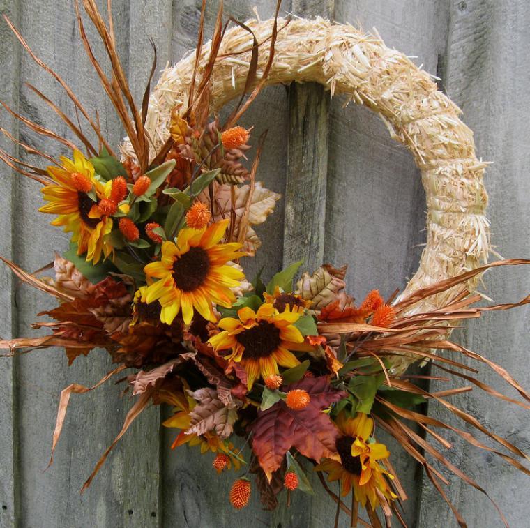 Осенний венок своими руками из природных материалов