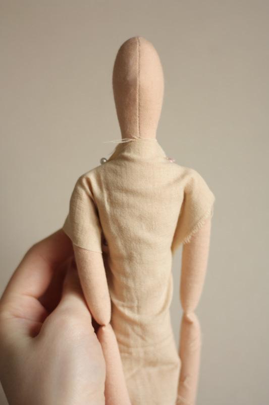 Одежда на текстильные куклы своими руками выкройки 61