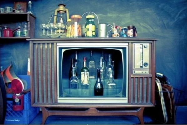 Как сделать из старого телефона телевизор