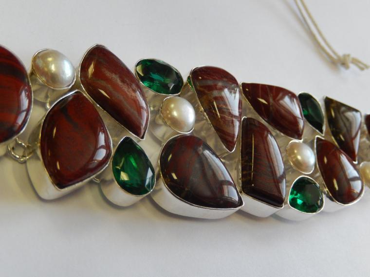 аукцион, аукцион сегодня, аукцион на украшения, браслет, натуральные камни, подарок, подарки, красивый подарок, яшма, роскошное украшение