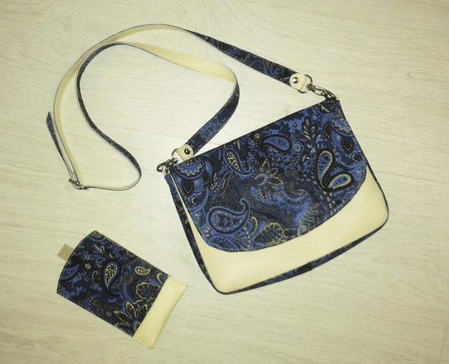 220253a6bfd6 Небольшая женская сумочка, очень вместительная. Яркий незаменимый аксессуар  на теплые летние дни) Представлена для примера, но повтор возможен (и в  других ...