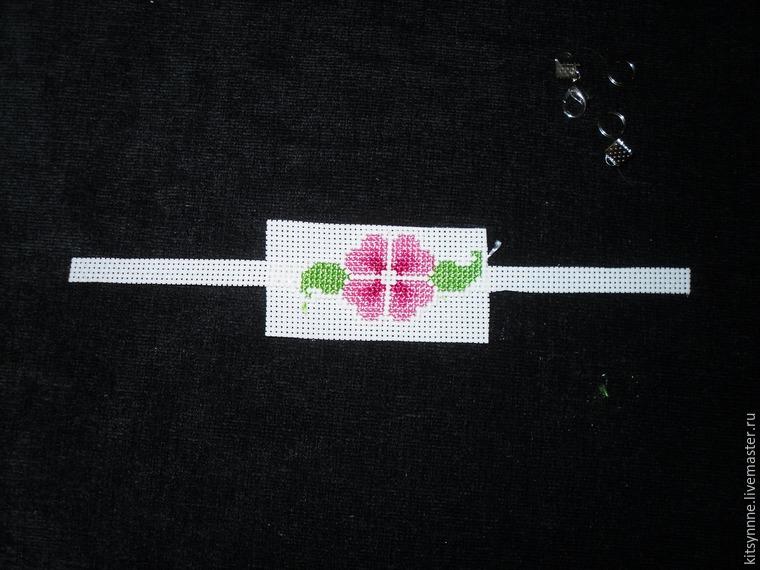 Как сделать браслет с вышивкой «Весеннее настроение», фото № 8