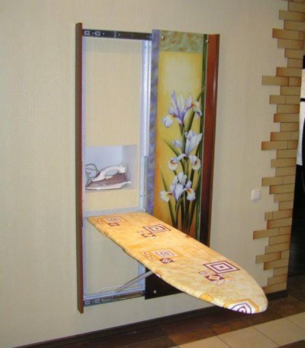 Зеркало с гладильной доской своими руками