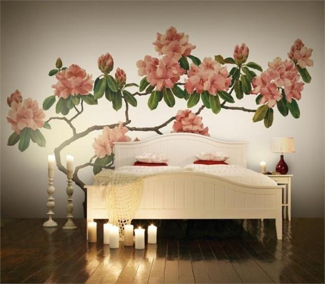 Панно на стену в спальню из цветов и веток