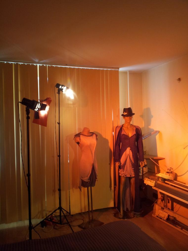 репортаж, телевидение, видео, вязальная машина, вязание, дизайнер, дизайнерские вещи, дизайнерская одежда, авторский трикотаж, готика, стиль, биография, julia sindrevich, юлия синдревич