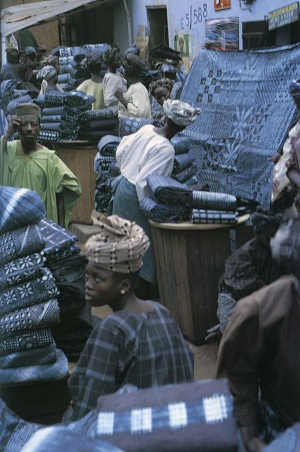батик, этническая одежда