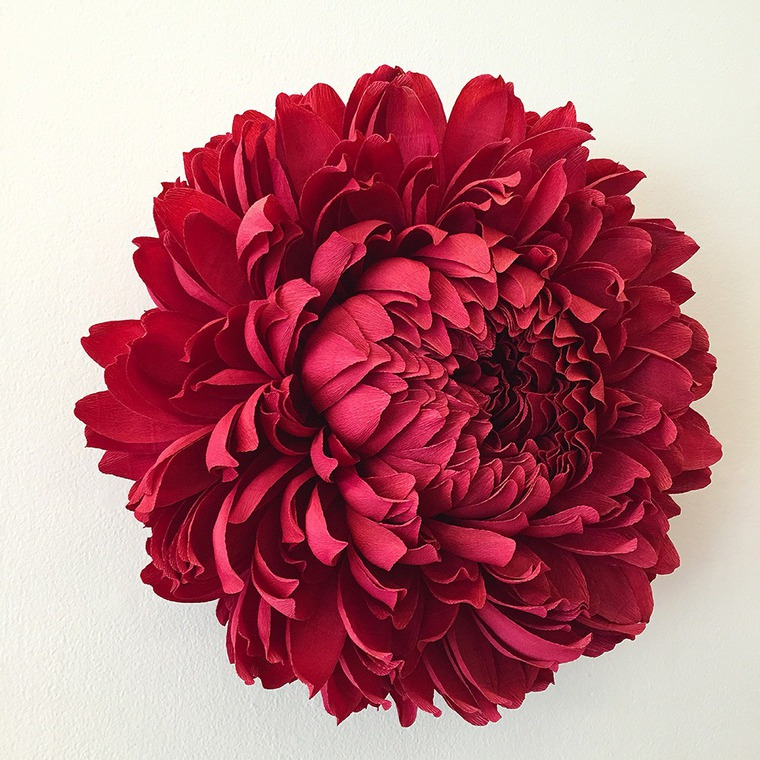 Giant Paper Flowers by the American Artist Tiffany Turner, фото № 3