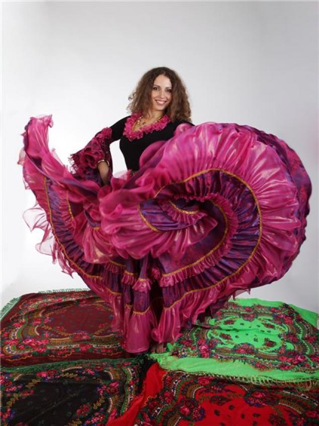 Сколько нужно ткани на цыганскую юбку