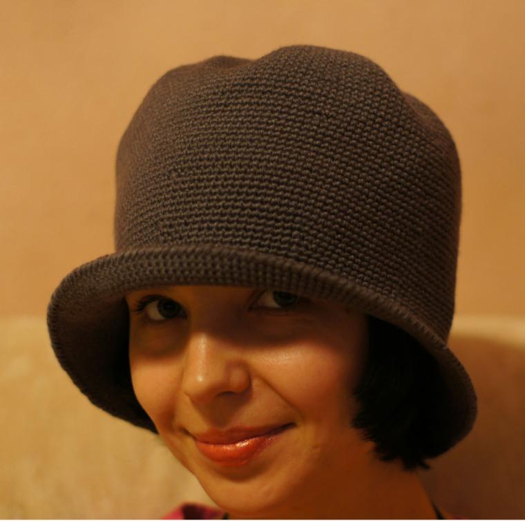 серая шляпка