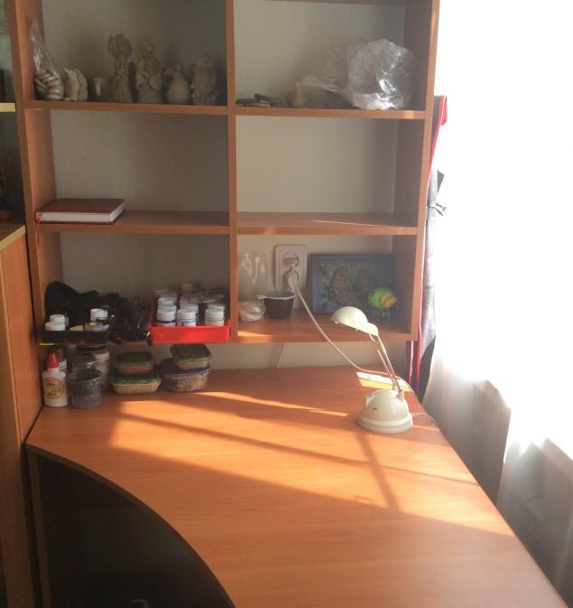 радость, новый стол
