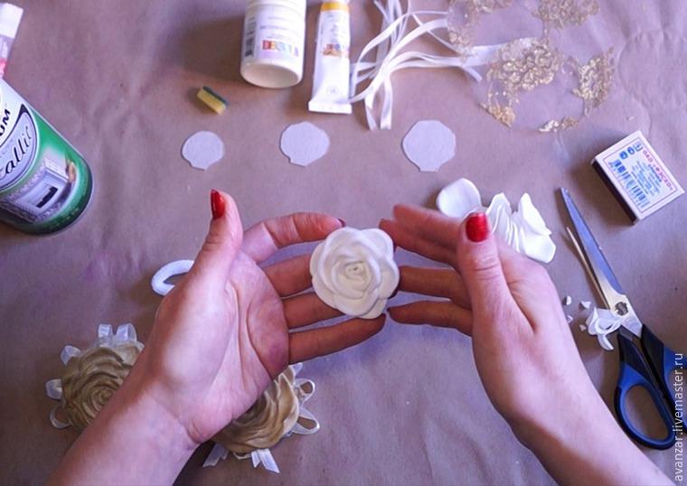 Создаем заколки с кружевом и золотыми розами из фоамирана, фото № 10