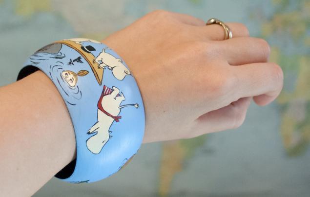 Кому веселенький браслетик?), розыгрыш, подарок, браслет, браслет с росписью, муми-тролли
