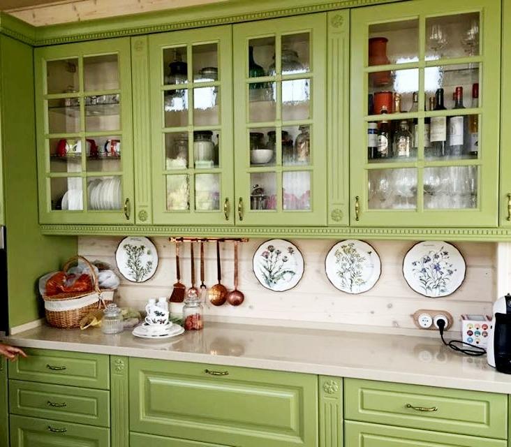 Декорирование стен тарелками, фото № 36