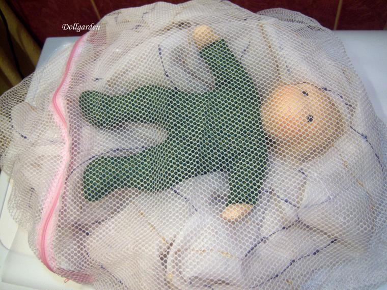 как постирать куклу