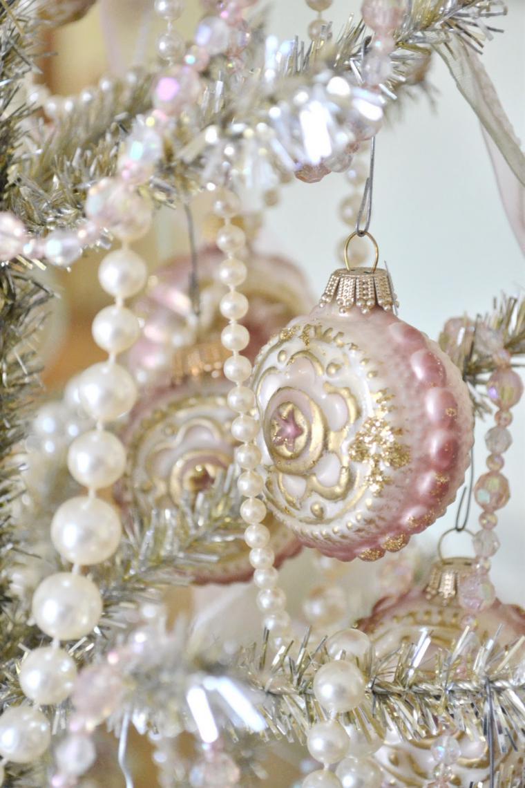 Елочные шары своими руками в стиле рококо