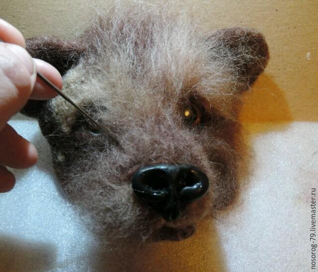 «Пробирается медведь сквозь лесной валежник...». Создаем из шерсти панно «Пробуждение», фото № 11