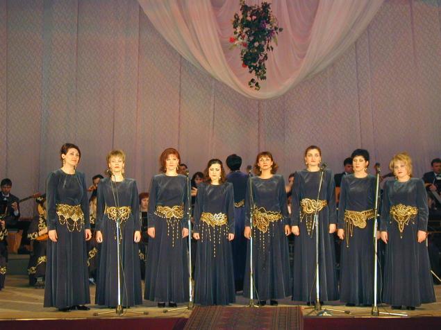 Платье для вокальных ансамблей