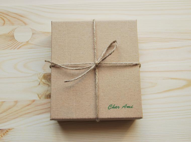 Картон коробочка в подарок 65