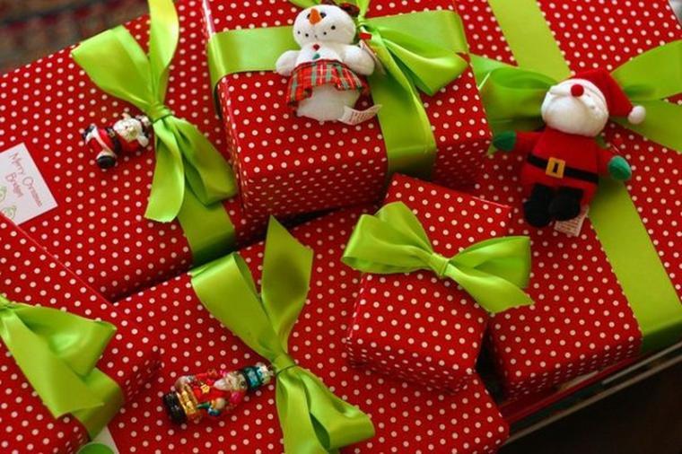 Как оригинально упаковать подарок на новый год