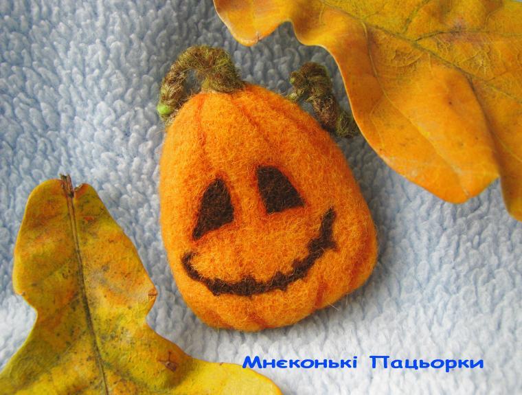 хэллоуин, валяная брошка