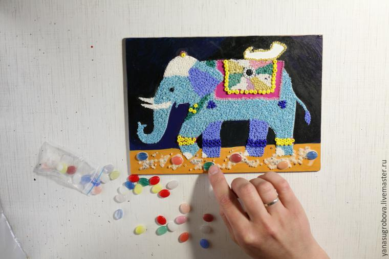 How to Make a Beaded Mosaic with an Indian Elephant with Kids, фото № 7