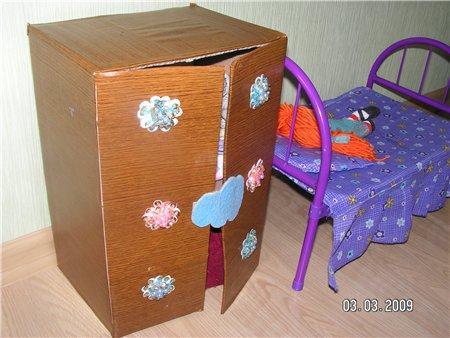 Как сделать шкаф из коробки своими руками для кукол