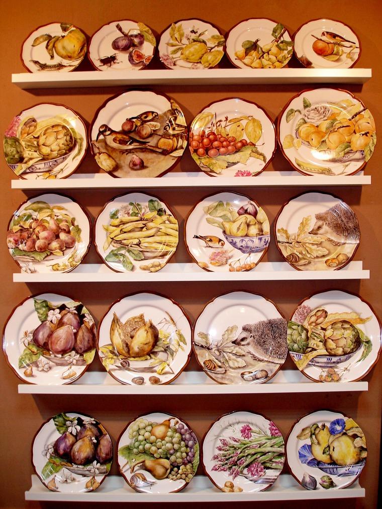 Декорирование стен тарелками, фото № 13