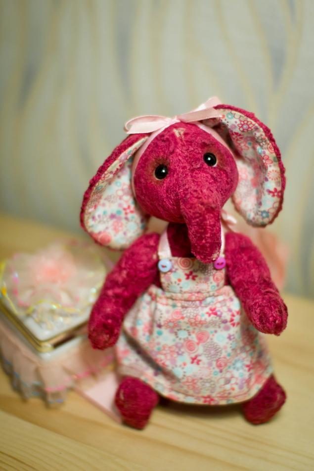 розыгрыш приза, конфетка, слоник тедди, игрушка в подарок