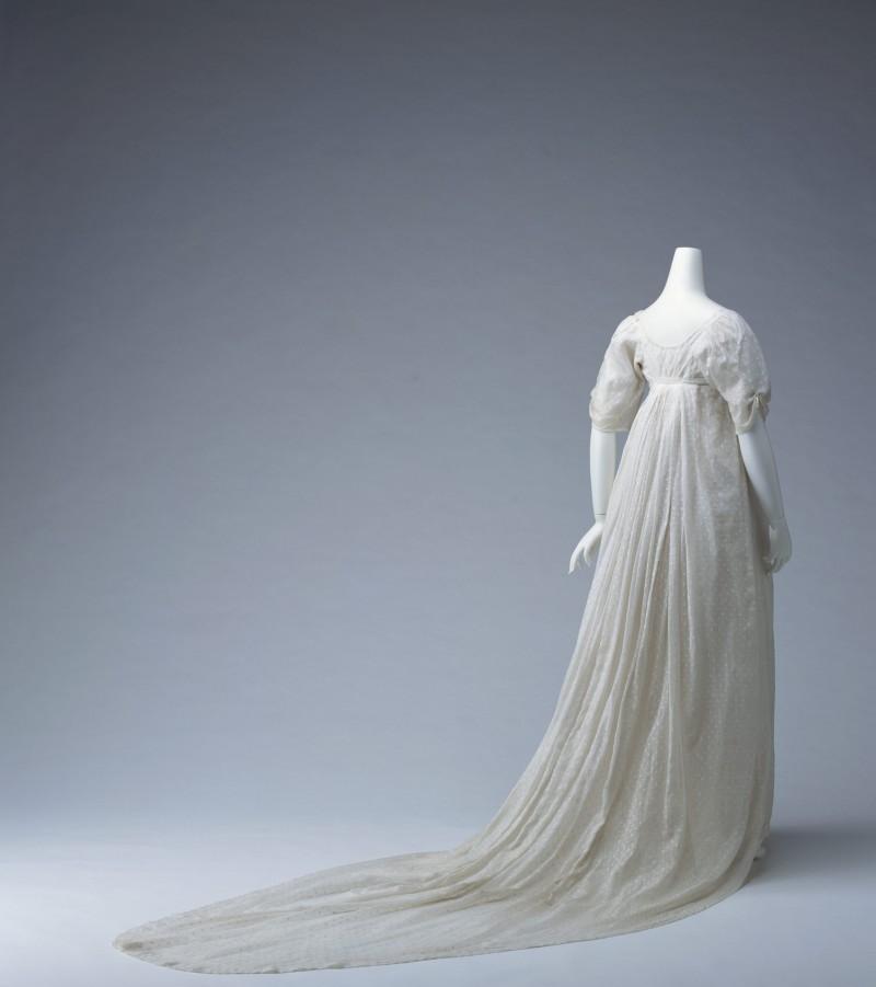 красивые платья из тончайшего муслина фотографии для