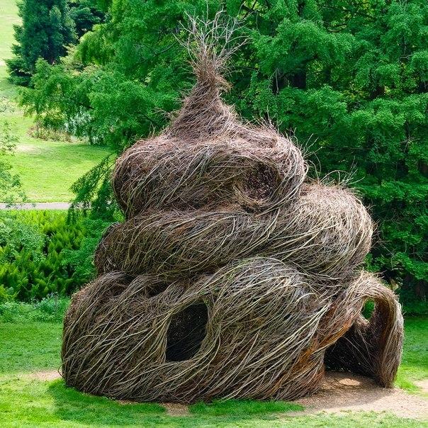 Гнездо из прутьев поделка