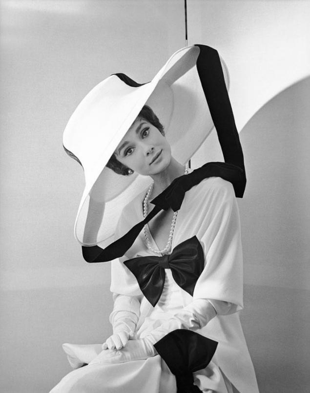 актрисы и шляпы