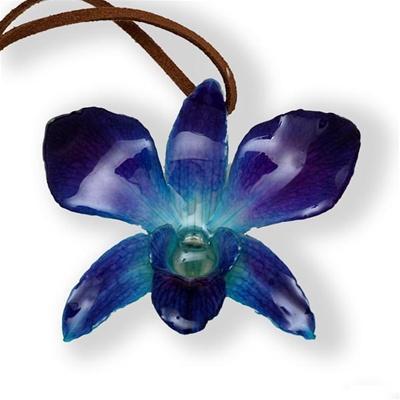 цветы в украшениях