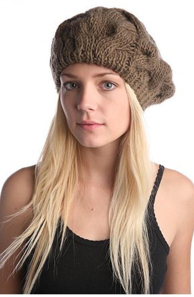 Вязаные береты шапки женские