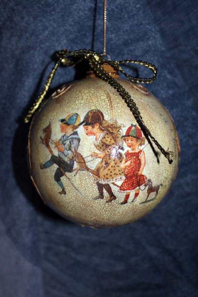декупаж, новогодняя акция, новогодний шарик, винтажный стиль, подарок женщине, декупаж для начинающих
