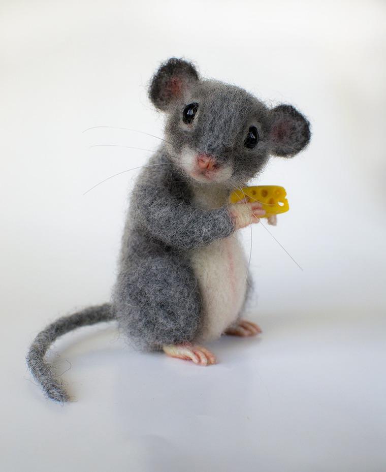 мастер-класс, серый мышонок, валяная мышь, мышонок игрушка, игрушка из шерсти, игрушка мышка