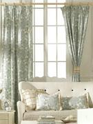 Оригинальные шторы на завязках в стиле прованс