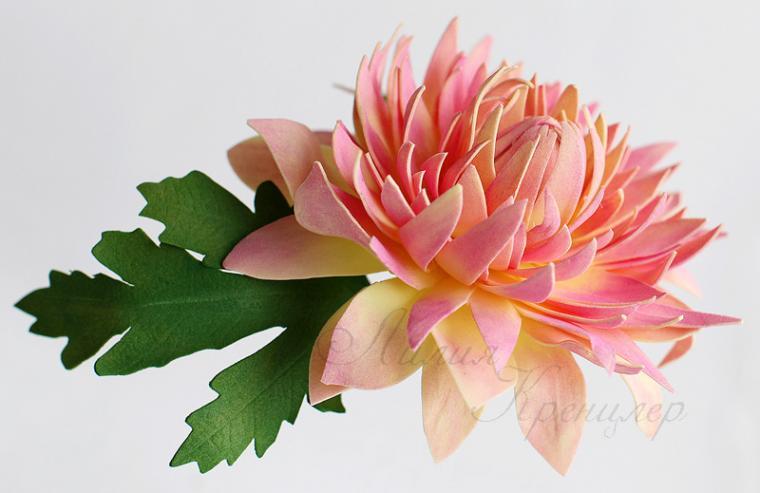 Игольчатая хризантема из фоамирана мастер класс с пошаговым фото