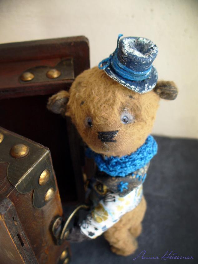 тедди, мишка, мишка тедди, тедди в одежде, мишка в шляпе, шляпа, пиджак, шарфы, мишка ручной работы, ключ, ключик, хранитель, оберег, память, лилины зверята