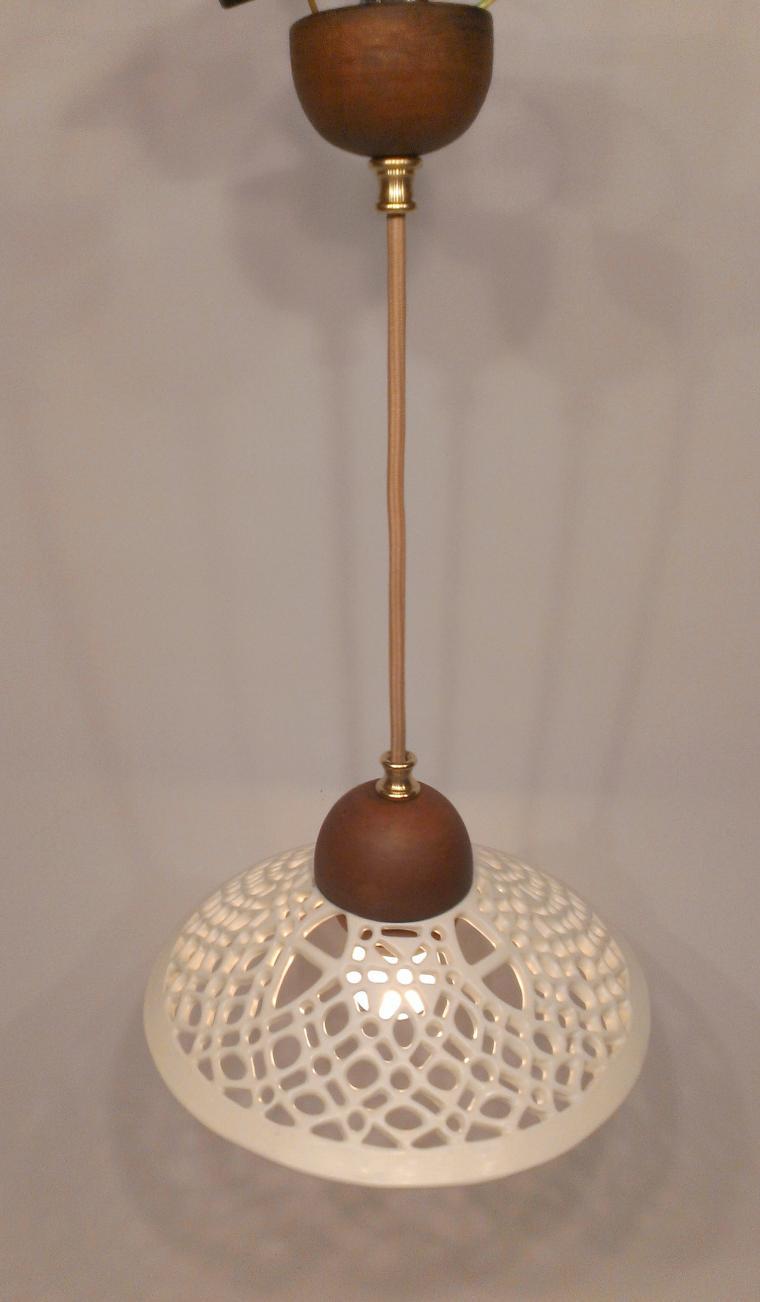 ажурная керамика, освещение, интерьер гостиной, керамические светильники